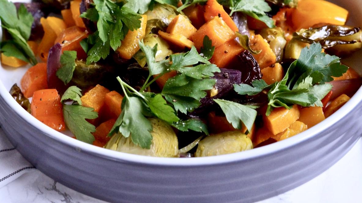 Buntes Ofengemüse – altes Gemüse verwerten