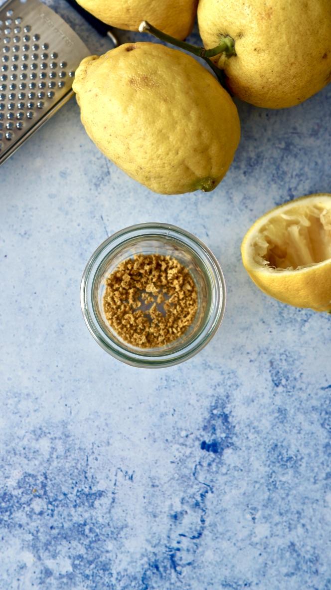 Zitronen komplett verwerten - Zitronenabrieb auf Vorrat
