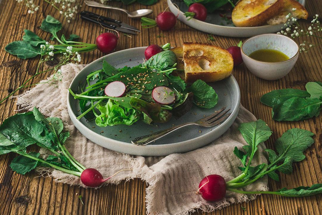 Radieschenblätter Salat- Radieschengrün verwerten