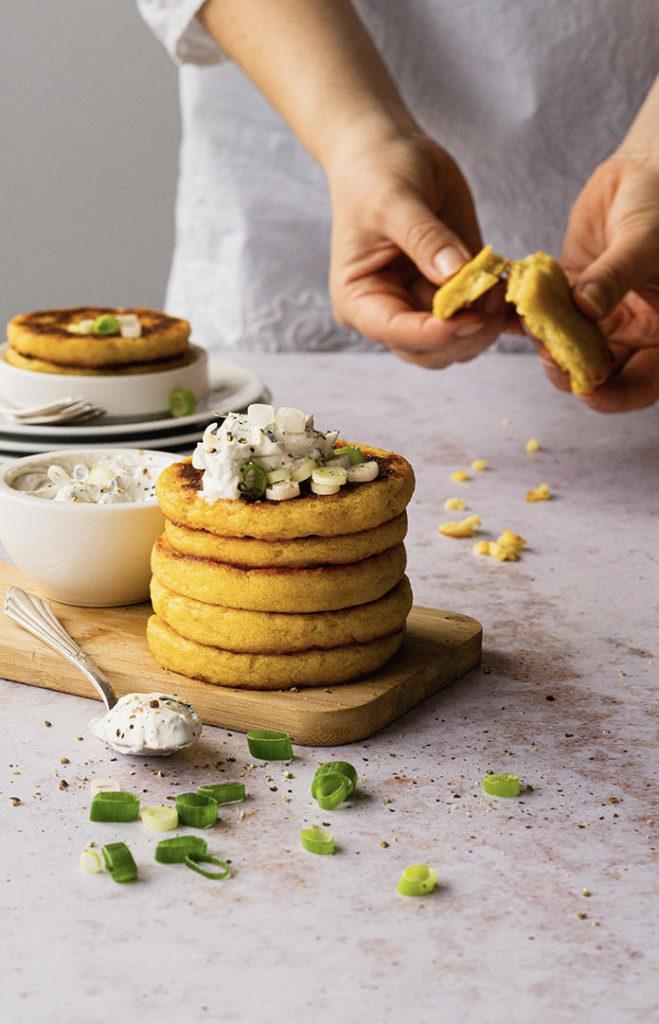 Vegane Taler aus gekochten Kartoffeln