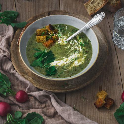 Radieschenblätter-Suppe