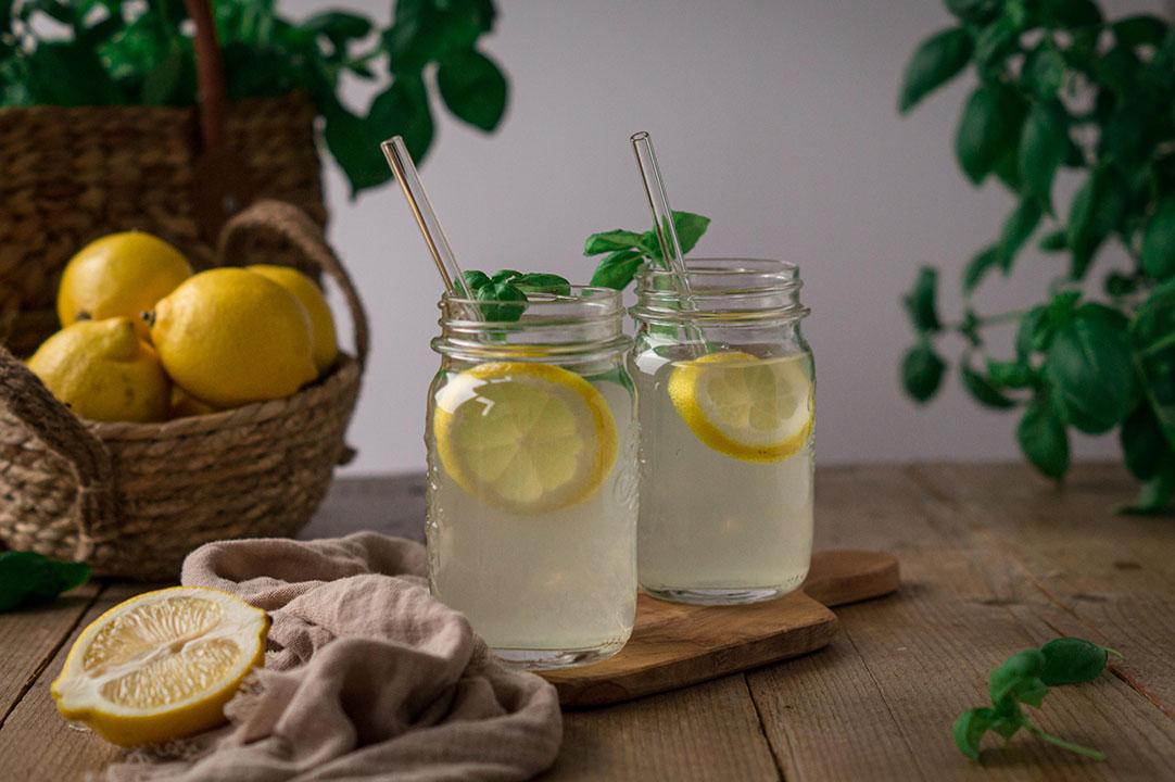 Basilikum Zitronen Sirup für selbstgemachte Limonade